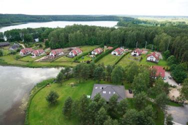 Zdjęcie z lotu ptaka - osiedle domów w Purdzie